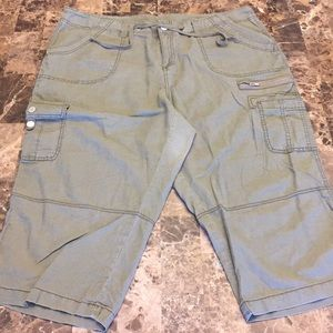 Lane Bryant Capris Army Green